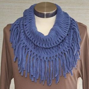 NWT! Blue Open Weave and Fringe Scarf